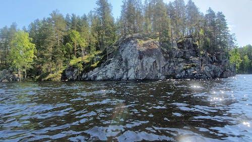 Airopari Oy Seitsemän saaren kierros suurkanootilla Konnevesi